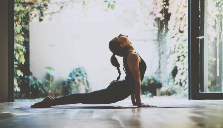 Yoga : 4 postures pour se recentrer